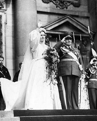 Hermann Göring hertrouwde na de dood van Carin met Emmy Sonneman. Foto: Lothar Schaack (via Wikimedia Commons).