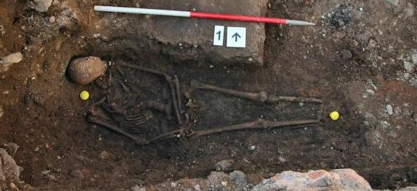 De stoffelijke resten die zijn teruggevonden. Foto: University of Leicester.