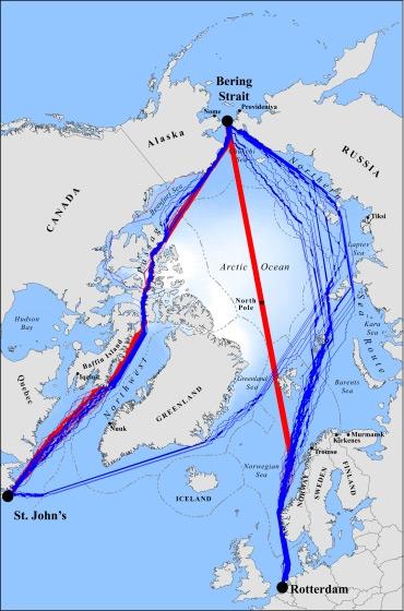Deze routes zijn tussen 2040 en 2059 bevaarbaar. De rode routes enkel met behulp van ijsbrekers. De blauwe routes zijn ook zonder ijsbrekers bevaarbaar. Afbeelding: Proceedings of the National Academy of Sciences.