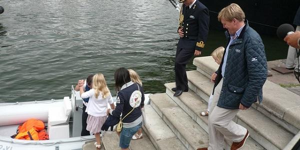 Willem-Alexander is ook gewoon vader van drie kinderen waar hij leuke dingen mee wil ondernemen. Foto: Bert Kommerij.