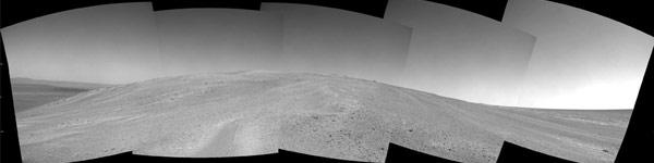 Opportunity maakte deze foto's van de heuvel. Afbeelding: NASA / JPL-Caltech.