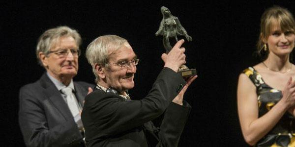 Petrov neemt de Dresden-prijs in ontvangst. Afbeelding: Friends of Dresden.