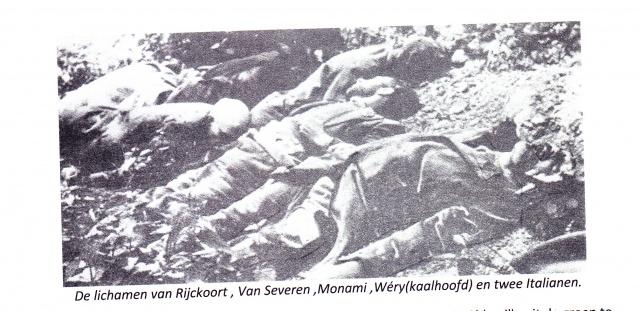 De lichamen van een aantal van de gedode arrestanten in Abbeville. Bron: Maurice de Wilde, België in de Tweede Wereldoorlog. Deel 5: De kollaboratie.
