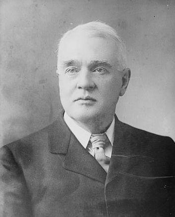 Horace Fletcher bedacht het 'fletcheren': niet zo veel mogelijk Fletcher-hotels bezoeken, maar zo lang mogelijk kauwen op voedsel.
