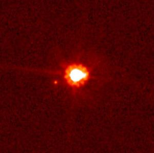 Eris en zijn maan Dysnomia.