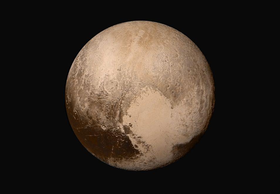 Deze foto maakte New Horizons toen deze 450.000 kilometer van Pluto verwijderd was. Afbeelding: NASA / JHUAPL / SwRI.