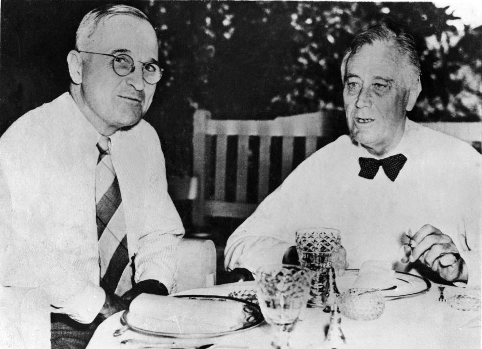 Truman en Roosevelt, een foto uit 1945.