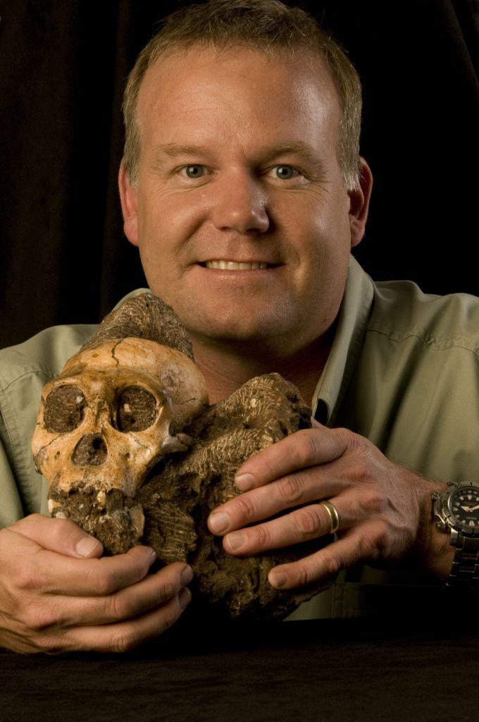 De schedel van Australopithecus sediba was aanzienlijk kleiner dan die van de moderne mens. Afbeelding: Brett Eloff (via Wikimedia Commons).
