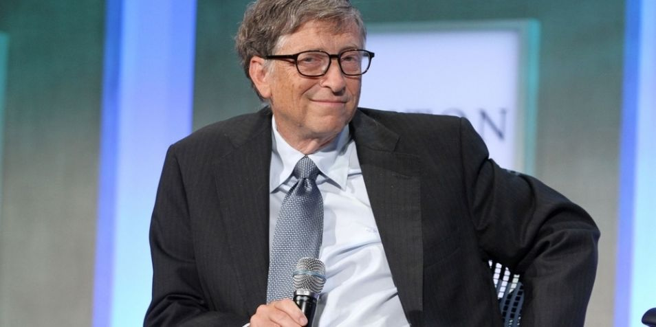 Voor superrijken - zoals Bill Gates - is het verdienen van geld een sport. Het competitieve aspect spreekt hen aan. Zo maakte Gates indruk op zijn collega's door na een succesvolle zakenafspraak het percentage van het aandelenkapitaal van iedere CEO in de technologiesector uit zijn hoofd op te dreunen. Tot op de tiende procent nauwkeurig! Hij was toen al miljardair. Het laat zien dat Gates niet alleen slim is, maar ook voor honderd procent op het resultaat is gericht.