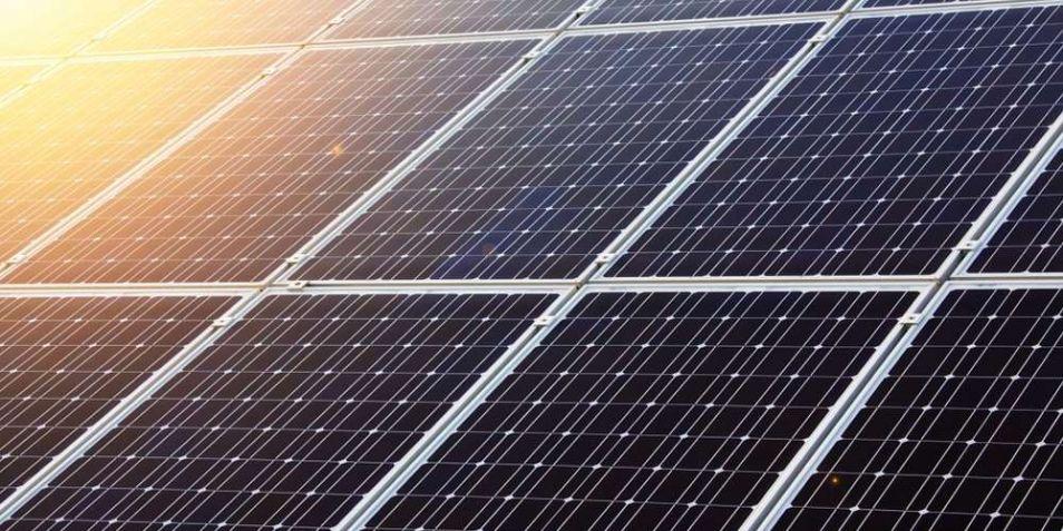 De productie van onder meer zonnepanelen vraagt om zeldzame elementen.