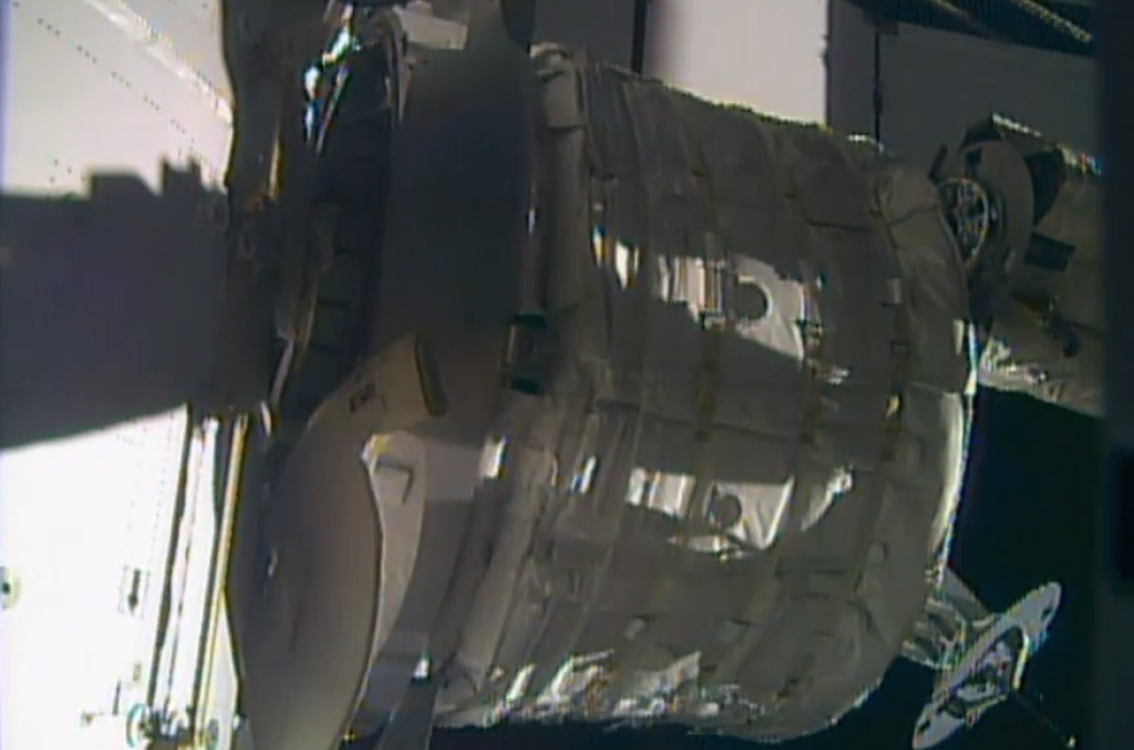 De installatie van BEAM. Afbeelding: NASA TV.