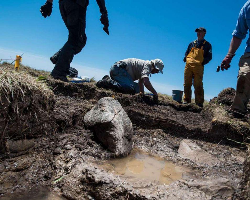 Vindplaats van het stenen haard. Foto: Robert Clark, National Geographic