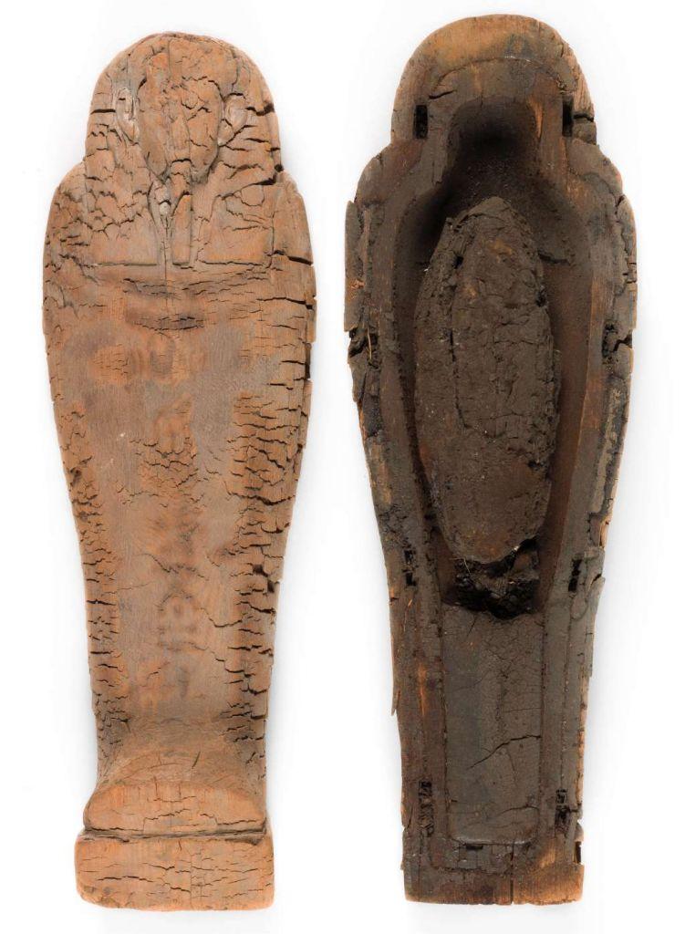 Het kistje met daarin de foetus. Afbeelding: Fitzwilliam Museum.