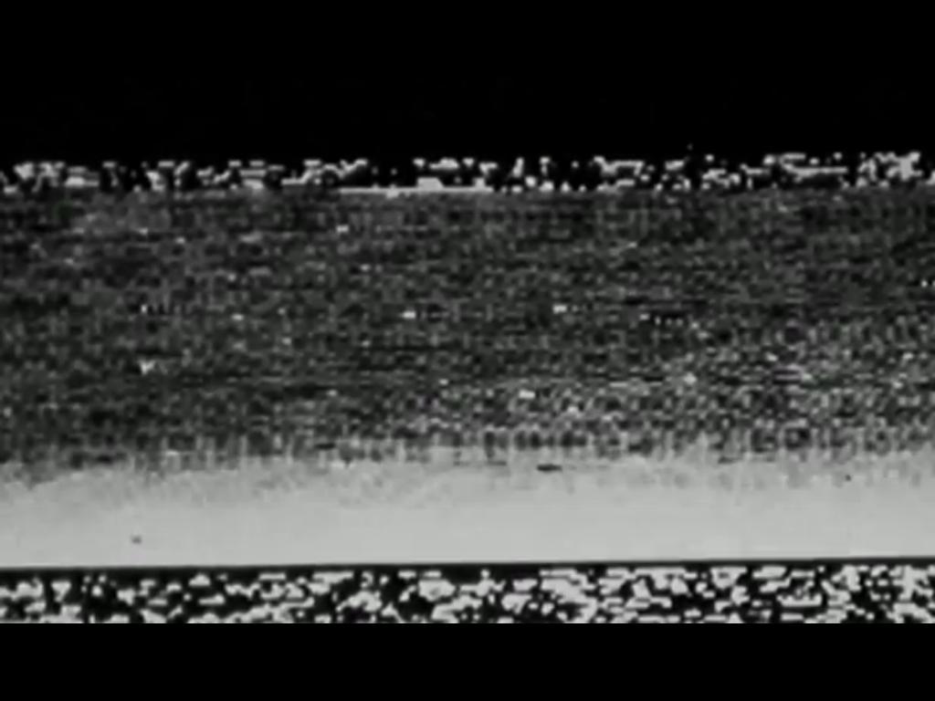 De foto die Mars 3 vanaf het oppervlak van Mars maakte en de allereerste foto die vanaf het oppervlak van Mars naar de aarde werd gestuurd.