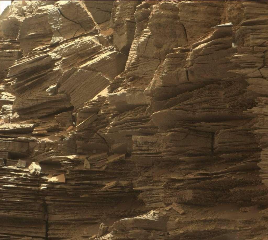 Fijne laagjes. Afbeelding: NASA / JPL-Caltech / MSSS.