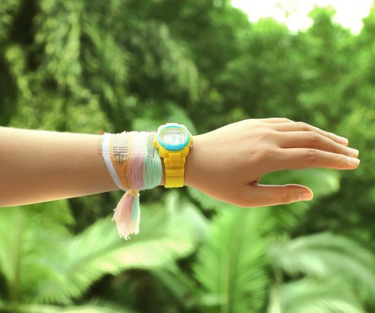 Straks heeft jouw horloge geen batterijtje meer nodig. Misschien kan de stof wel gebruikt worden als horlogebandje?