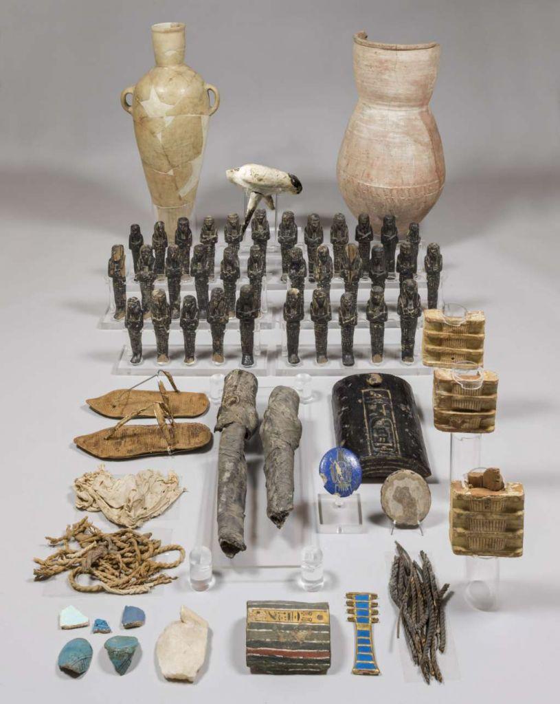 Vondsten uit het graf van Nefertari. Afbeelding: Museo Egizio Turijn.