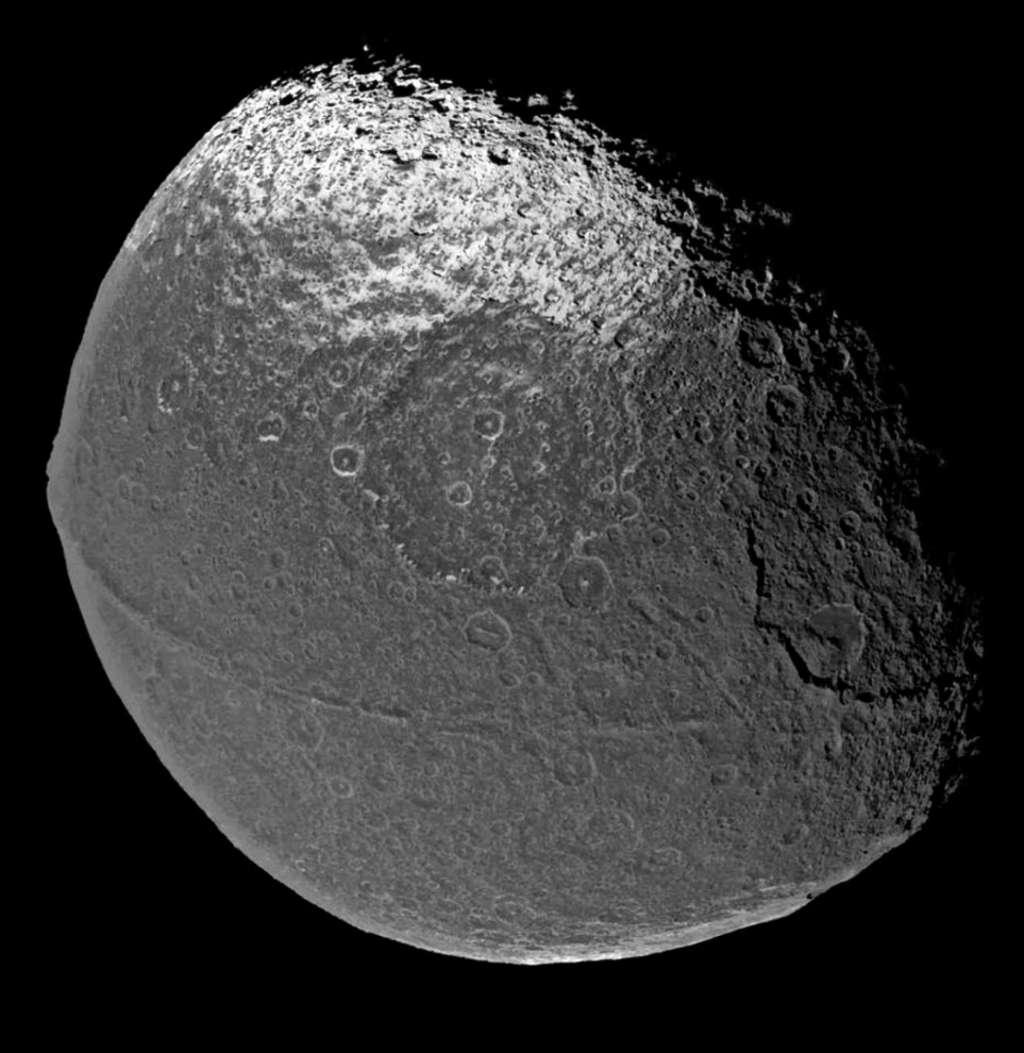 iapetus-2.jpg