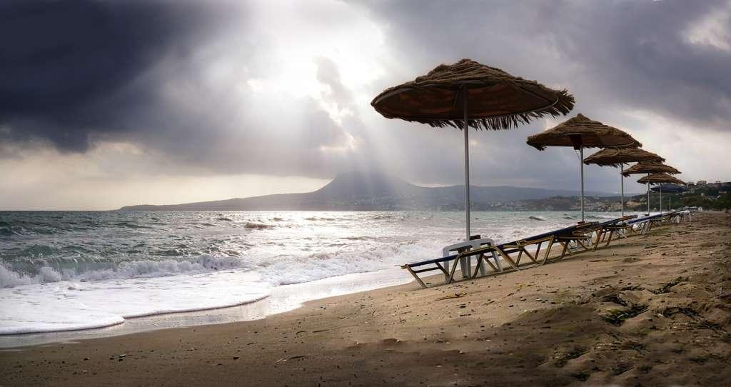"""Afbeelding: fietzfotos/<a href=""""https://pixabay.com/en/beach-sand-waters-sea-coast-3036564/"""" rel=""""noopener"""" target=""""blank"""">Pixabay</a>"""