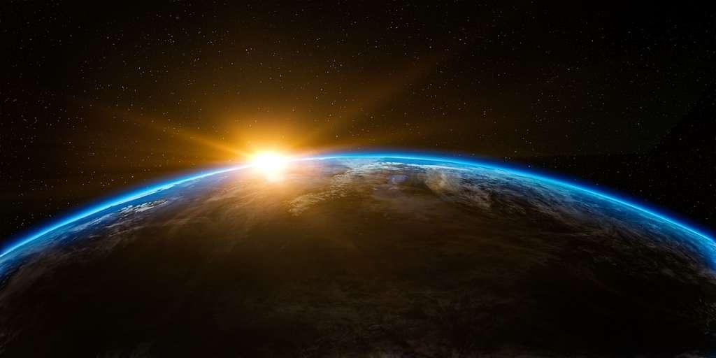 "Afbeelding: qimono/<a href=""https://pixabay.com/en/sunrise-space-outer-globe-world-1756274/"" rel=""noopener"" target=""blank"">Pixabay</a>"
