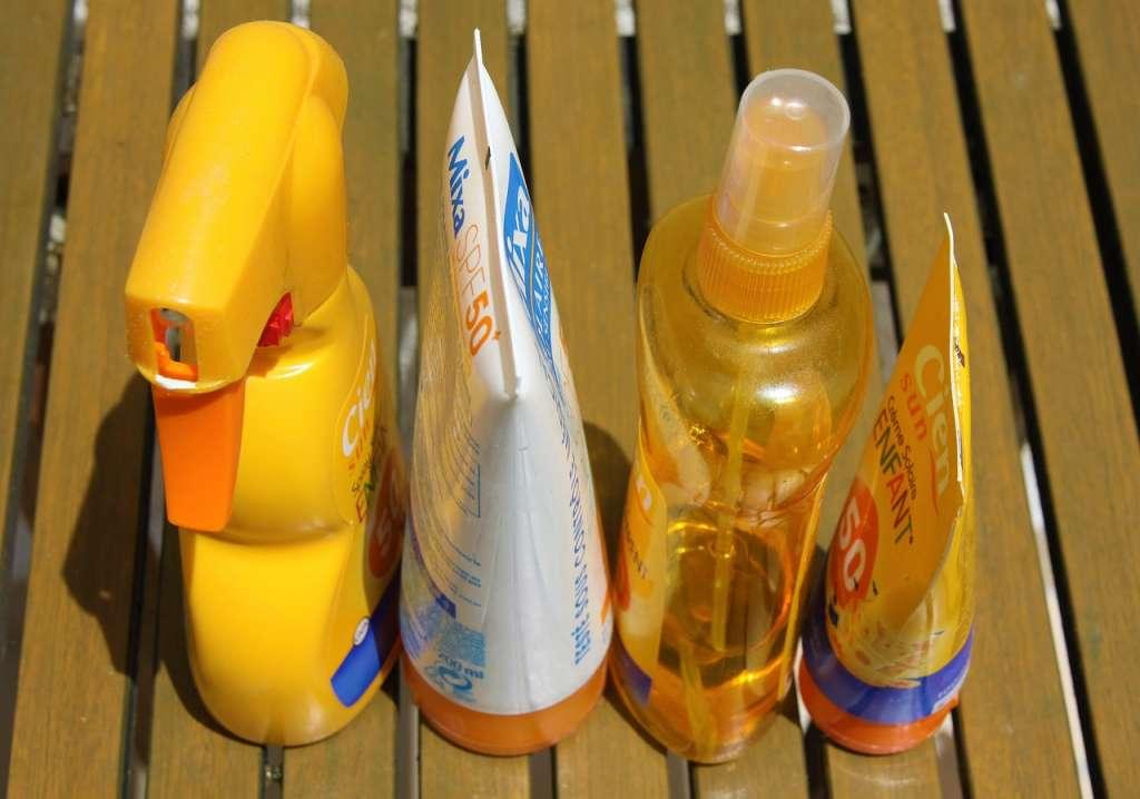 "Afbeelding: chezbeate/<a href=""https://pixabay.com/en/sunscreen-skincare-protection-1461335/"" rel=""noopener"" target=""blank"">Pixabay</a>"