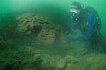 's Werelds oudste scheepswerf ontdekt op 11 meter onder zeeniveau