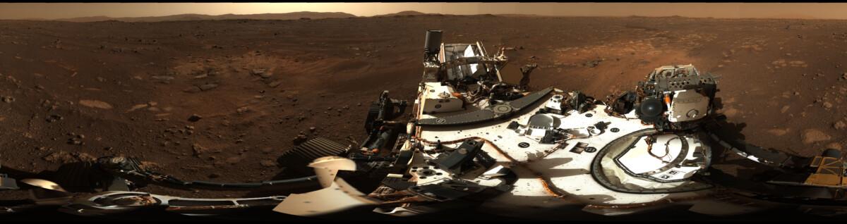 Marsrover Perseverance maakt nog een panoramafoto van zijn nieuwe thuis - Scientias.nl