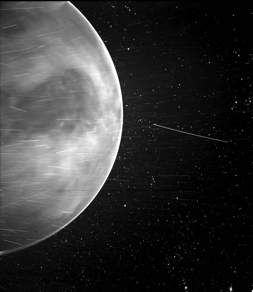 Parker Solar Probe fotografeert Venus' duistere zijde - Scientias.nl